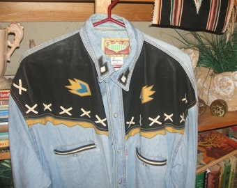 Vintage Way Out West Western Shirt..Mans 17.5..Lots of Detail ..Came From Wyoming