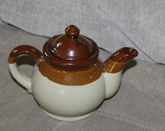 Vintage Brown and Cream Teapot, Made in Taiwan, Very Collectible, Ceramic Useful for Tea, Coffee, Home Decor, No Name Pottery, Glazed w Lid