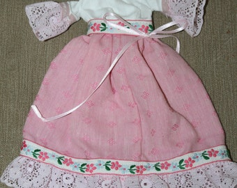 Barbie Fancy Dress w Lace & Ribbon Bows, Doll Clothes, Doll Collectors, Add Some Clothes to Naked Barbie, Pink Dress w White Top, Lace, Nice