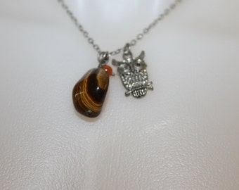 Vintage Pendant Necklace, 2 Pendants, One is an Owl, The Other One is a Polished Rock, w Two Orange Pearl Like Beads, Beautiful Necklace