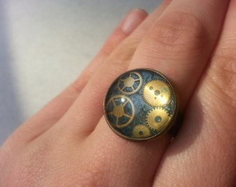 Steampunk Ring with timepieces