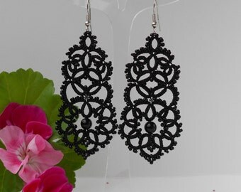 Black lace earrings, black earrings with black agat,chandelier tatted earrings, tatting jewelry,lace jewelry ,long earrings, drop earrings