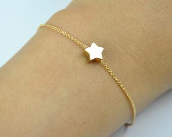 Tiny Gold Star Bracelet,  gold star bracelet, gold bracelet, gold chain bracelet, cute bracelet, friendship bracelet, Bridesmaids gift