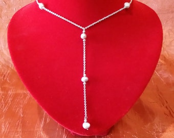 Italian 925 Silver necklace with freshwater pearls.
