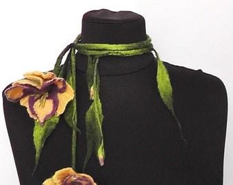 """OOAK Felted necklace """"Exotic"""" Felted belt Flower necklace Wool necklace Felted jewelry Felted accessory"""