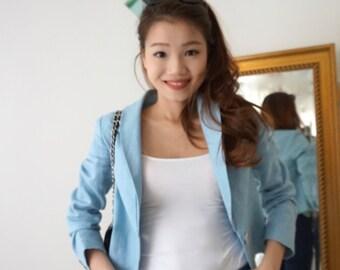 Short smart light-weight linen blazer