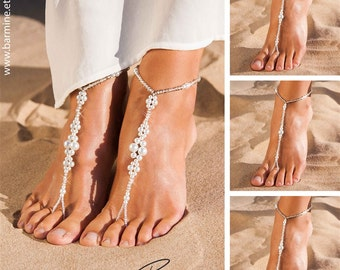 Matching set of bridal party barefoot sandals, Bridal jewelry, Bridesmaid jewelry, Maid of Honor, Bridesmaids gift, Anklet, Beach wedding