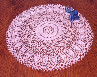 Pink doily 16 inches Lace doily Rose crochet doily Lace pink doily Round doily Round table topper Crochet home decor Big crochet doily