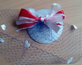 American hat with a veil and hearts