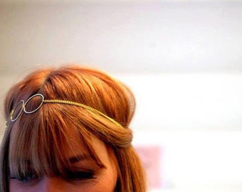 Headband hair jewelry, elegant feminine and discreet. Model Laura 3 circles gold/silver
