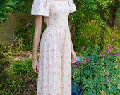 Vintage 1970s White and Pink Floral Princess Juliet Style Cotton Summer Rose Calico Print Prairie Smocked Flutter Sleeve Maxi Dress XS-S