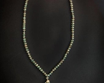 SPARKLY CRYSTAL NECKLACE? Or? Over 100 Muli-Faceted Clear / Black Diamond / Silvery Beads