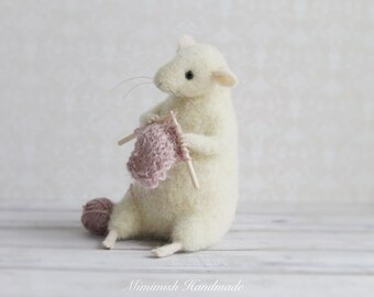 Felted Animal, Knitted Animal, Felted Mouse, Waldorf Doll, Animal Figurine