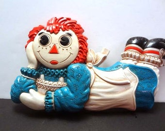 RAGGEDY ANN and ANDY wall plagues 1977