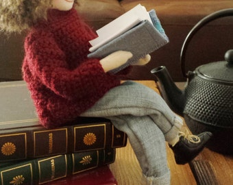 The Reader Doll