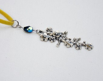 Cherry Blossom Branch Necklace - Yellow/Black
