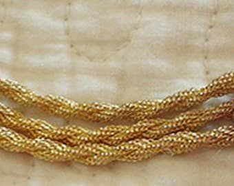 Dress Clasp with Mesh Type Chains