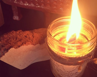 Hand poured 8oz briar wood and vanilla wooden wick candle