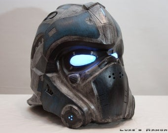Gears of War Clayton Carmine helmet