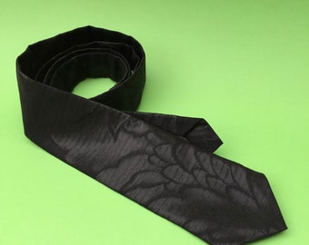 Handmade necktie made from vintage Japanese Kimono material