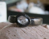 Black gold rose cut sapphire engagement ring rustic industrial look -  Post-Apocalypse