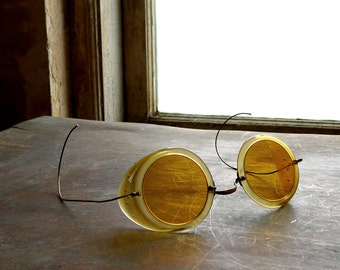 Antique WWI Era Roadster Motoring Goggles 1915 Patent