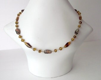 Beaded Glass Necklace 1970s Bohemian Tortoise Millefiori Swirled Amber Brown Floral