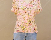 PINK yellow floral blouse / 40s style short sleeve button up shirt / fitted rayon Emma James / spring summer fashion womens medium large