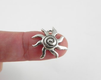 20 Sun Charms in Antiqued Silver - 17mm x 17mm