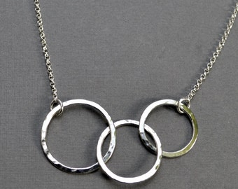 3 Circle Necklace, Sterling Silver, Interlocked Rings, Argentium Sterling, Eternity Necklace, Modern Jewelry, Gift for Mom, Gift Under 50