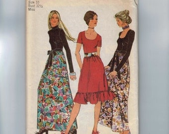 1970s Vintage Sewing Pattern Simplicity 9602 Misses Scoop Neck Maxi Dress Evening Gown Hippie Boho Size 10 Bust 32 1/2 70s 1971 UNCUT