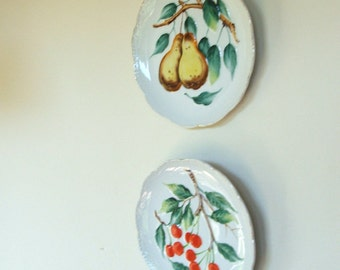 Pair of Vintage Decorative Fruit Plates