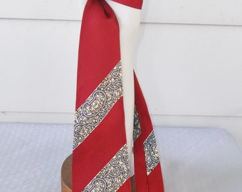 1950s Vintage Rayon Red Abstract Stripe Necktie