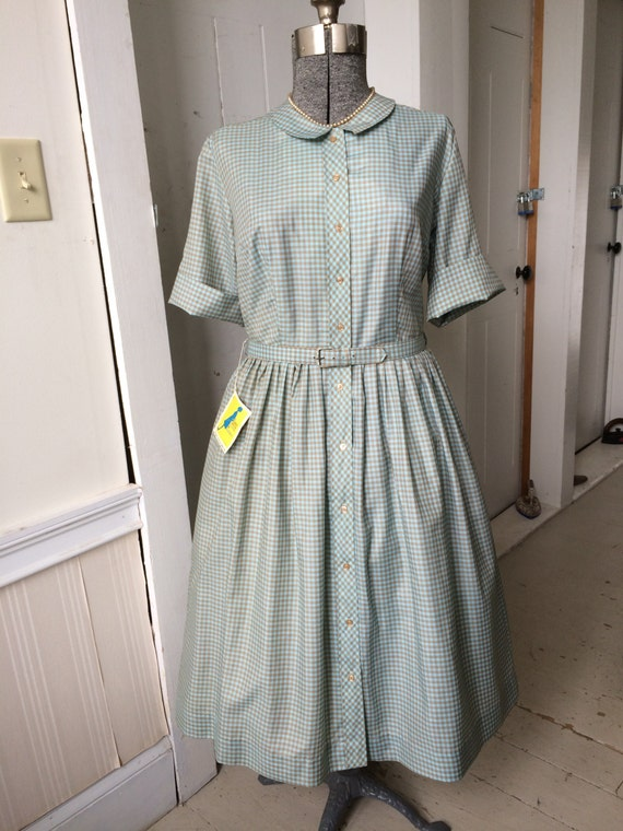 Vintage 1950s Cape Cod Casuals Shirtwaist Day Dress Colorful
