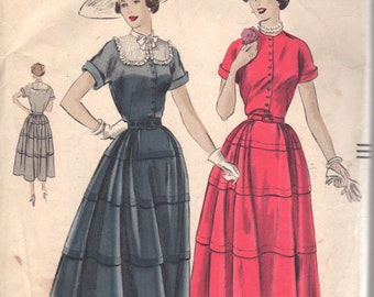 Vogue 6720 1940s Misses Tiered Dress Pattern Kimono Sleeves Pin Tucked Yoke Womens Vintage Sewing Pattern Size 14 Bust 32