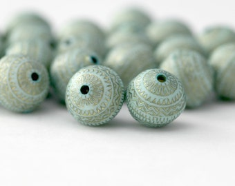 Pale Mint Green Gold Etched Acrylic Round Beads 11mm (20)