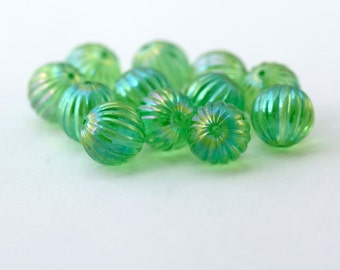 Vintage Lucite Green AB Fluted Round Beads 12mm (12)