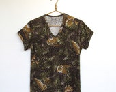 Vintage 1970s Rhoda Lee / Short sleeve Leopard Print Shirt / Novelty Print Top