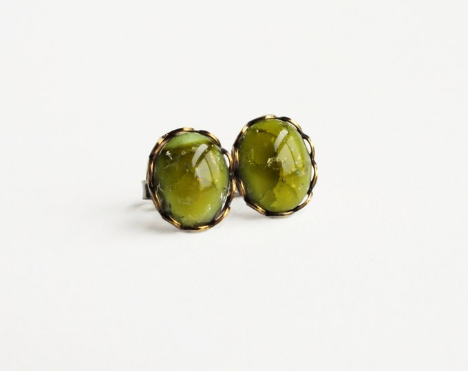 Olive Green Crackle Earring Studs Vintage Olive Green Studs Crackle Glass Post Earrings Hypoallergenic Earrings Olive Studs