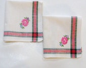Vintage Napkins Embroidered  Cloth Linen Tea Napkins Floral Botanical Pink Green Daisy Set of Two