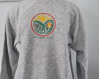 Vintage Sweatshirt Country School madison ct New England Gray Ladies Large