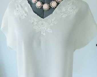 vintage blouse, 70s top, boho embroidered top, bohemian clothing, vintage top, beige embroidered top, TLC sold as is