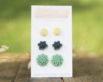 Navy Blue Flower Earrings >> Mint Green Mum Post Flower Earrings << Cream Daisy Flower Earrings >> Summer Wedding Bridesmaid Gifts