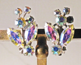 Vintage Kramer Silver Tone Aurora Borealis Rhinestone Floral Clip Earrings (E-2-3)