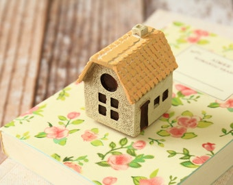 resin HOUSE rubber stamp - Hello