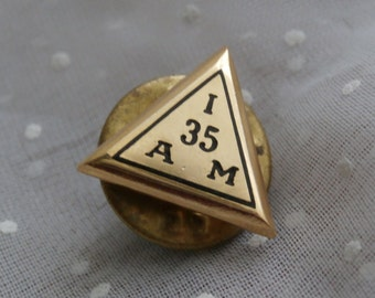 I 35 A M, Vintage American Machinist Service Pin, Triangle