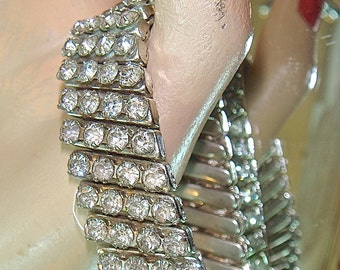 SC Vintage Four Row Rhinestone Expansion Bracelet / 50s Clear Rhinestone Stretch Bracelet