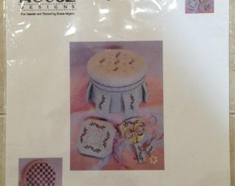 Pretty Pretty Pleats - Cross Stitch Sewing Kit Pattern