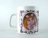 1978 MISS PIGGY & The Muppet Show coffee Mug - vintage Jim Henson, 70s Kiln Craft Tea Cup,  glamorous pig, made in England