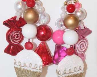 Cupcakes and Candy Tablecloth Weights Gold, Pink, and Red